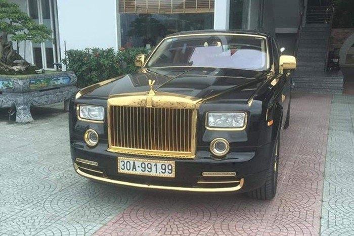 Rolls-Royce Phantom mạ vàng 35 tỷ