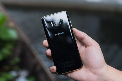 Samsung galaxy s8 mạ vàng
